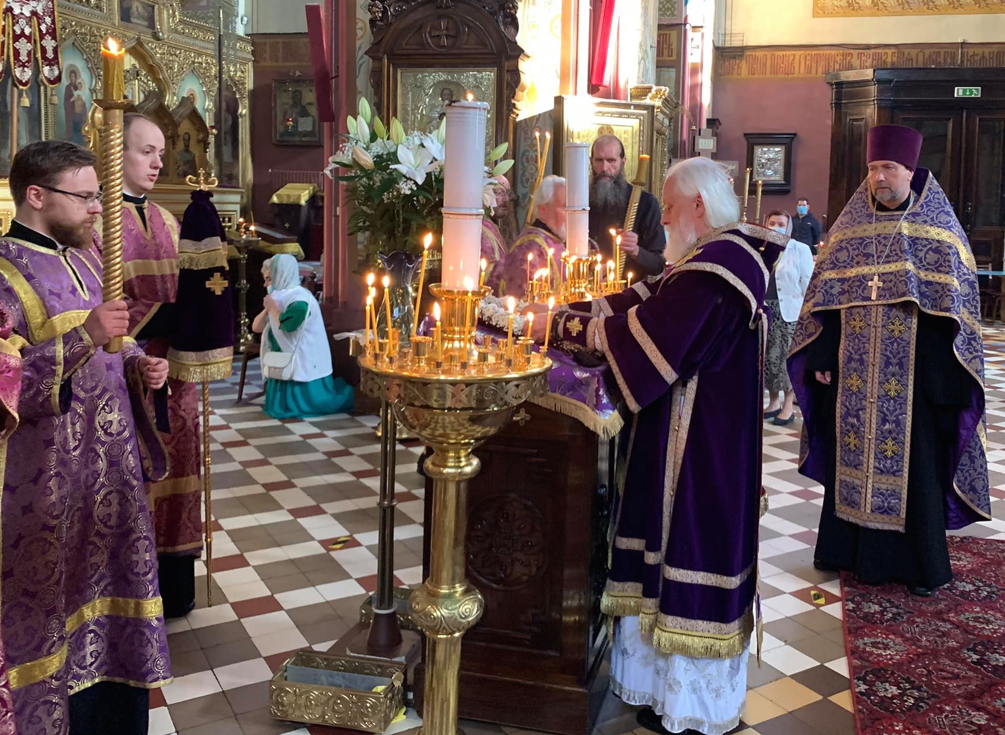 Чин выноса Честного и Животворящего Креста Господня