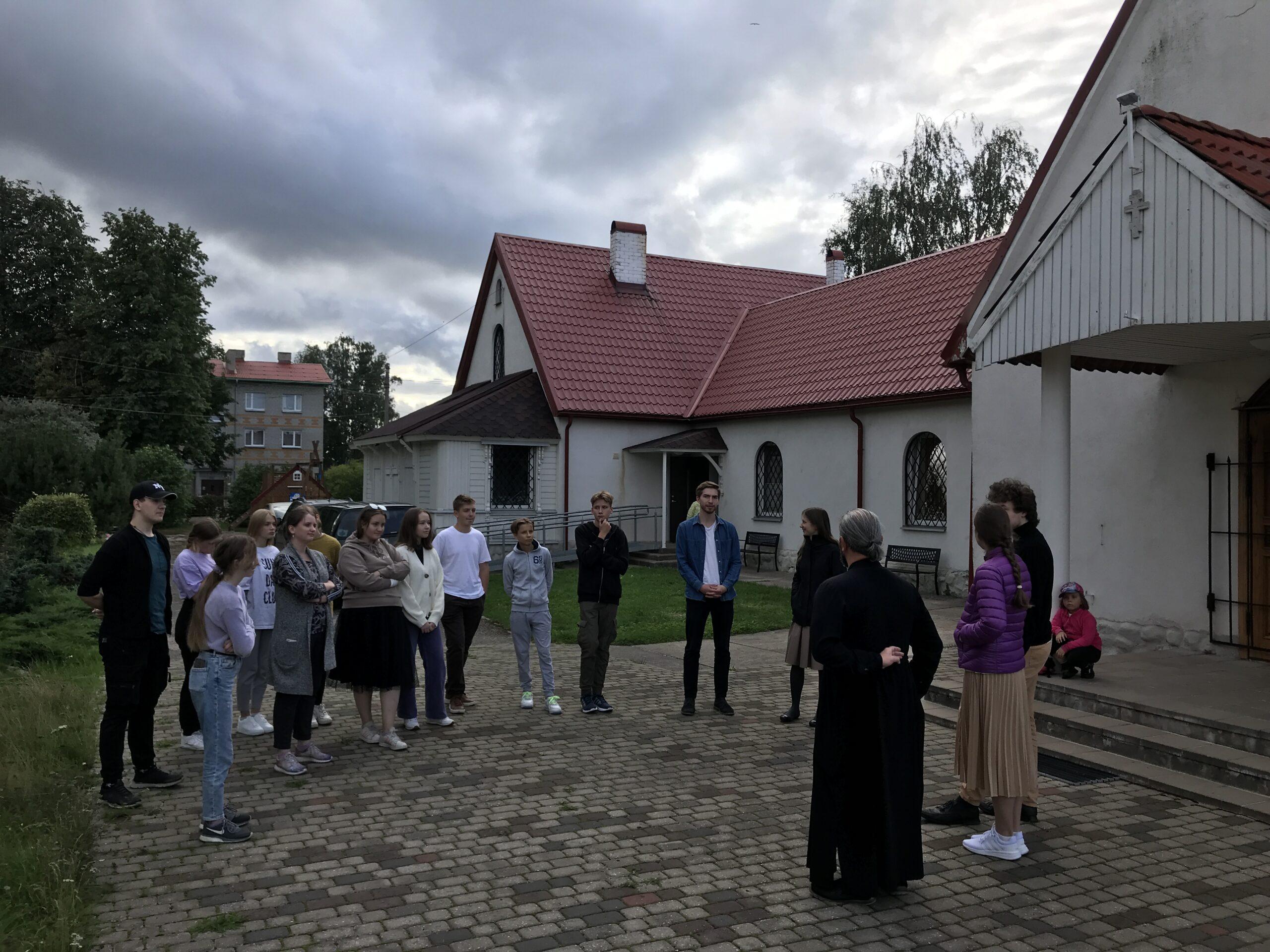 Божественная литургия в последний день лагеря.