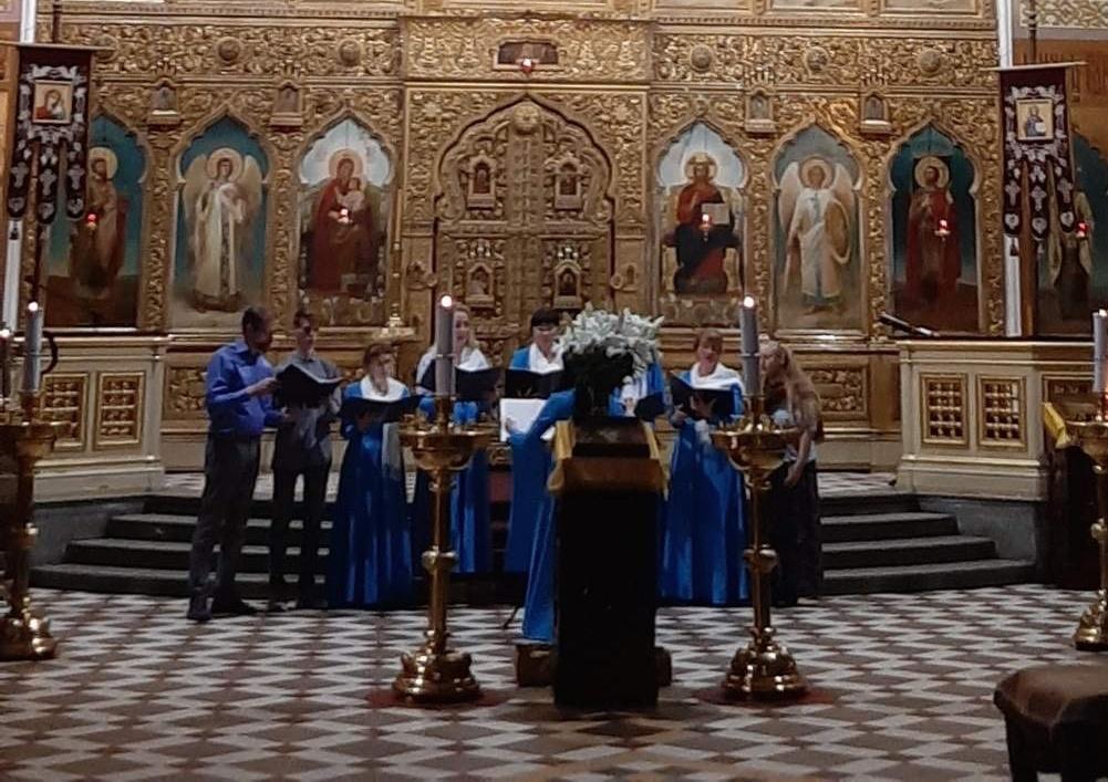 Малый хор собора под руководством регента Гаяне Мелетян