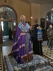 Епископ Маардуский Сергий возглавил праздничные богослужения в Успенском соборе обители