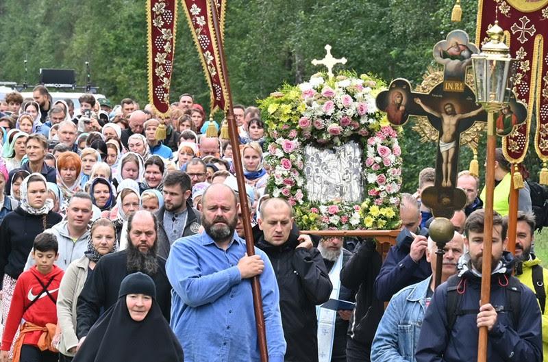 Крестный ход из Васкнарвы в Пюхтицкий монастырь (22.08.2021)
