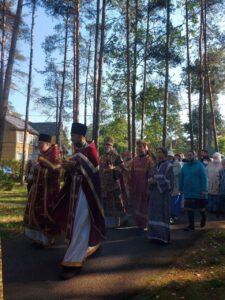 В завершении Литургии состоялся крестный ход