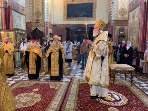Митрополит Евгений совершил Всенощное бдение накануне престольного праздника собора