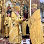 Награждение клирика собора протоиерея Александра Ручкина