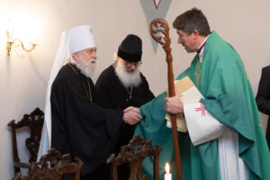 Митрополит Евгений, архиепископ Урмас Вийльма и протоиерей Иувеналий Каарма